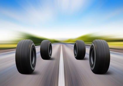 strade con asfalto in gomma riciclata