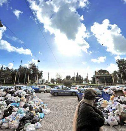 Rifiuti e sprechi: il no a Napoli impoverisce anche il Nord
