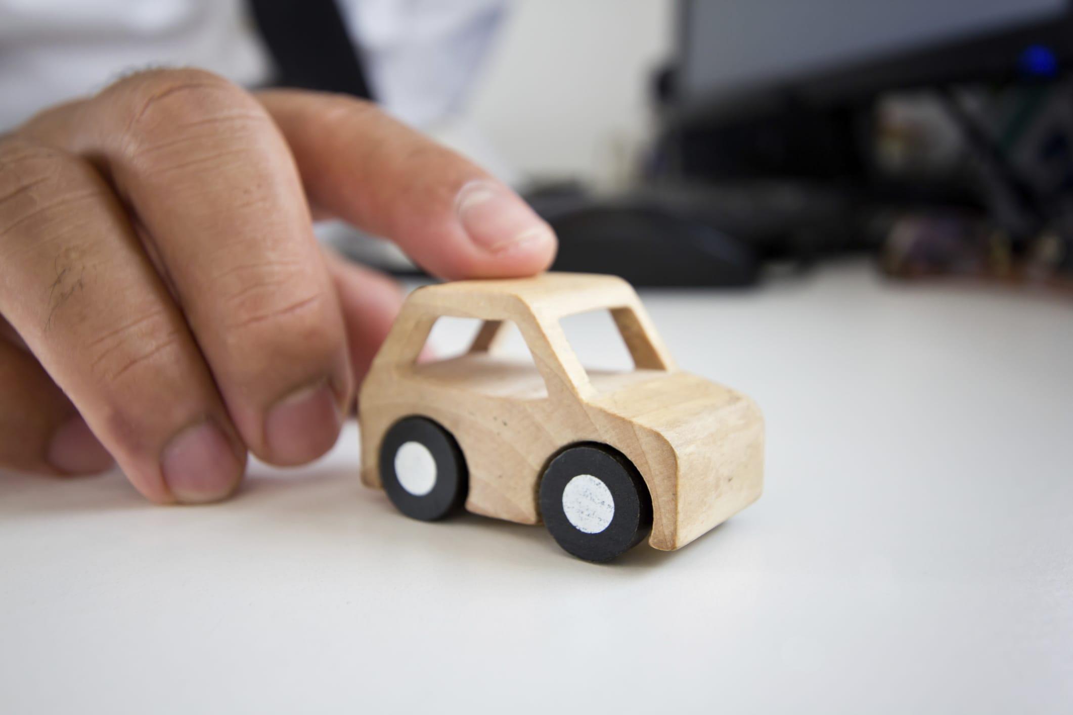 Giocattoli in legno fai da te per bambini