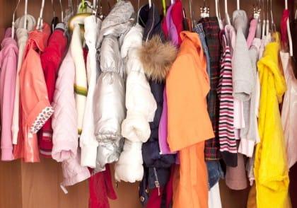 Come organizzare bene l'armadio dei bambini