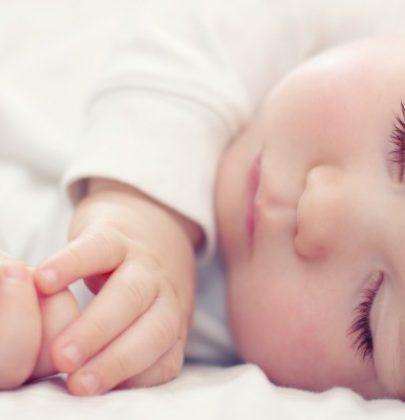Il latte della mamma è l'alimento perfetto per i bebè. L'ideale è andare avanti per sei mesi
