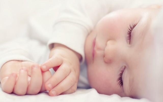 benefici del latte materno per i neonati