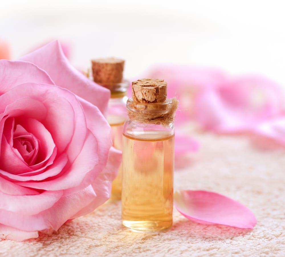 Rose Fai Da Te come fare acqua di rose in casa: la ricetta semplice - non