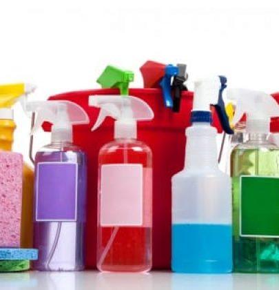 Detersivi naturali: prodotti efficaci ed economici, dallo sgrassatore alla cera fai da te