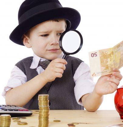 Come educare i bambini alla gestione del denaro, per imparare sin da piccoli a non sprecarlo