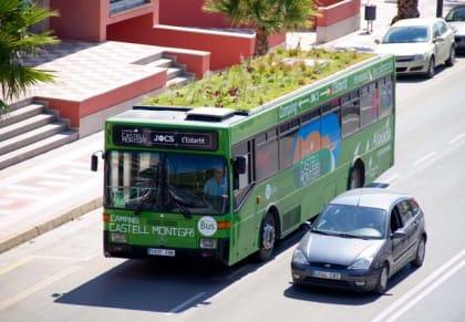 Phyto Kinetic, in Spagna, a Girona, l'autobus con il tetto verde