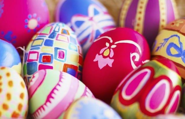 come decorare le uova di pasqua con i bambini