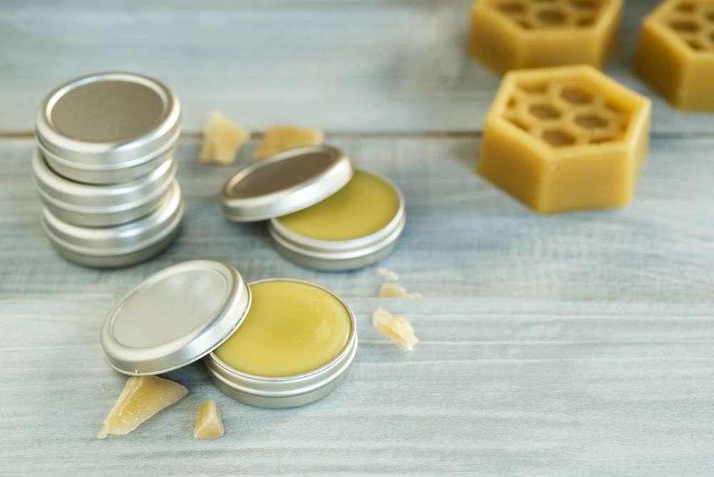 crema viso idratante alla cera d'api