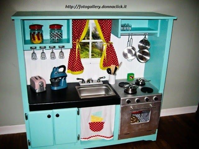costruire-cucina-in-legno-per-bambini (4)