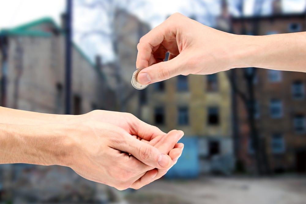 Gli italiani e le donazioni: perchè siamo così avari?
