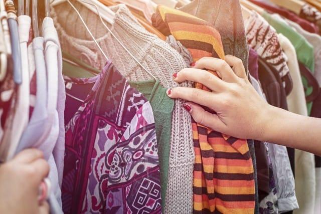 Come vendere vestiti usati  ecco i siti giusti - Non sprecare cca19a74b48