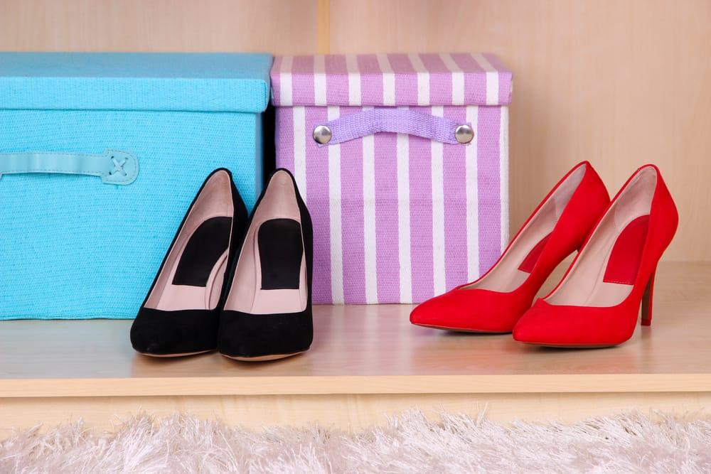 cambio di stagione delle scarpe