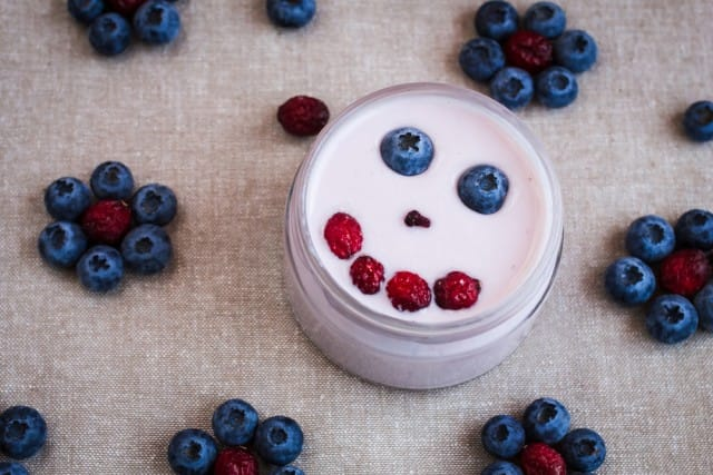 Yogurt con frutti di bosco