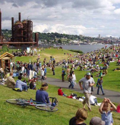 Paesaggi riciclati: 57 esempi di luoghi che tornano a vivere. Racchiusi in un atlante