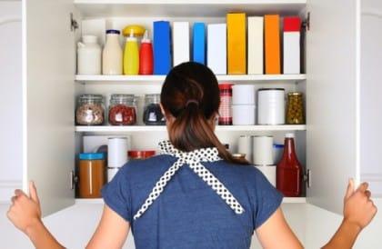 come organizzare la dispensa in cucina