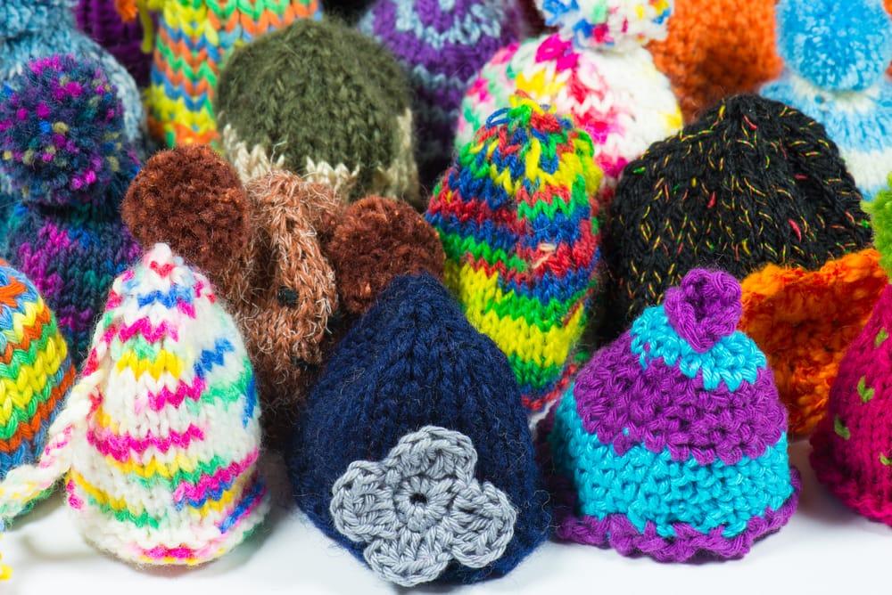 Come fare cappello uncinetto  91bbe04c3325