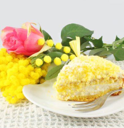 Torta mimosa: la ricetta facile di un dolce speciale, dal ripieno cremoso e delicato