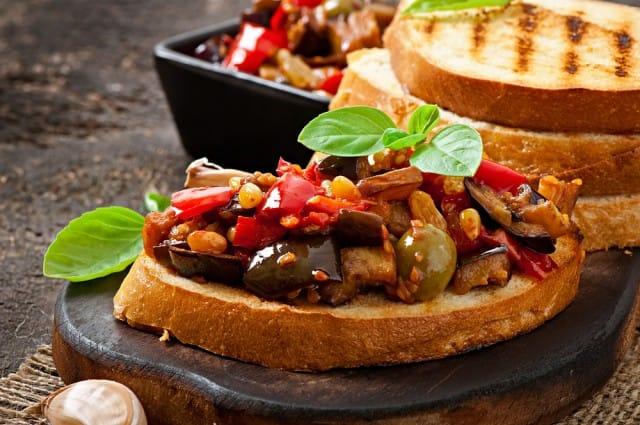 ricette-per-bruschette-veloci-estive-saporite-sfiziose (4)