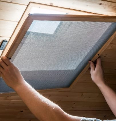 Zanzariera fai-da-te, come costruirla in casa. A tendina, con il velcro e in legno