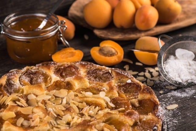 ricetta crostata di albicocche vegan