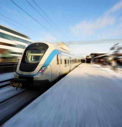 Il vento, e solo il vento, spinge i treni in Olanda. Zero emissioni, aria pulita: 220 chilometri per ogni pala