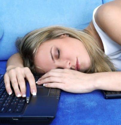 L'importanza del sonno, scopriamola durante le vacanze di Natale: una cura preziosa