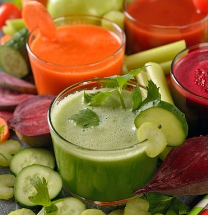 Centrifugati invernali: due ricette preziose per mantenersi in salute, con la barbabietola e gli spinaci