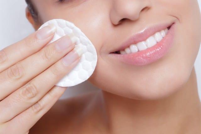 benefici-crema-notte-contrastare-invecchiamento-formazione-rughe (2)