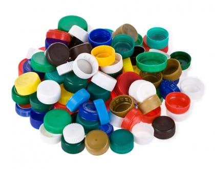 riutilizzo-tappi-plastica-finanziare-scuole-ospedali (2)