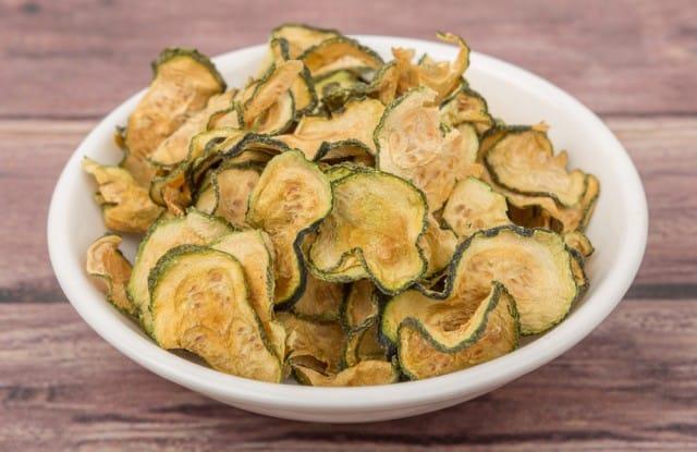 ricetta-chips-di-zucchine (4)