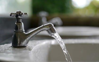 ordinanze comunali contro sprechi acqua