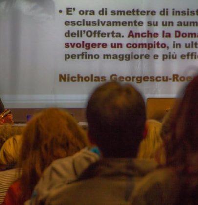 Low Living High Thinking, il progetto di Andrea Strozzi per uno sviluppo alternativo