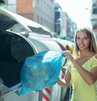 A Lucca i rifiuti non riciclabili hanno il chip, così chi spreca meno, paga meno tasse