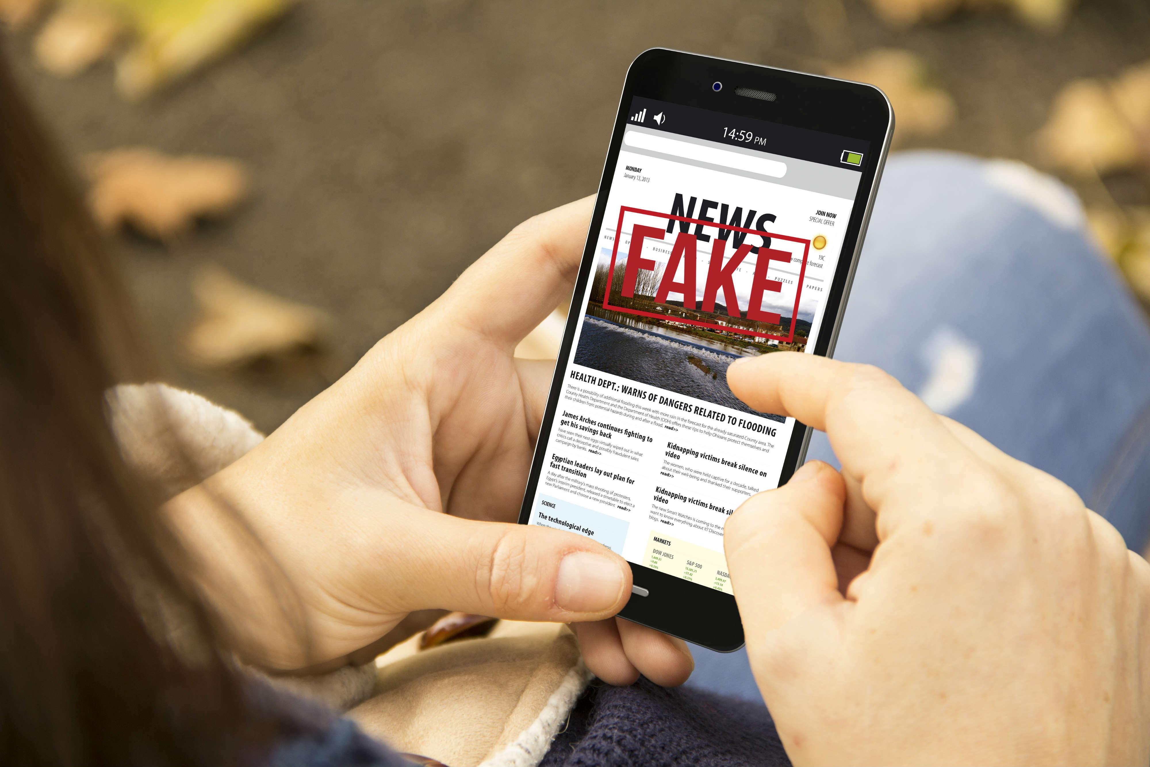 come riconoscere una notizia falsa su internet