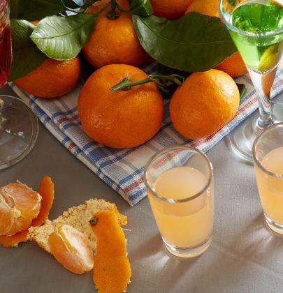 Liquore al mandarino, la ricetta perfetta per aromatizzare torte e macedonie