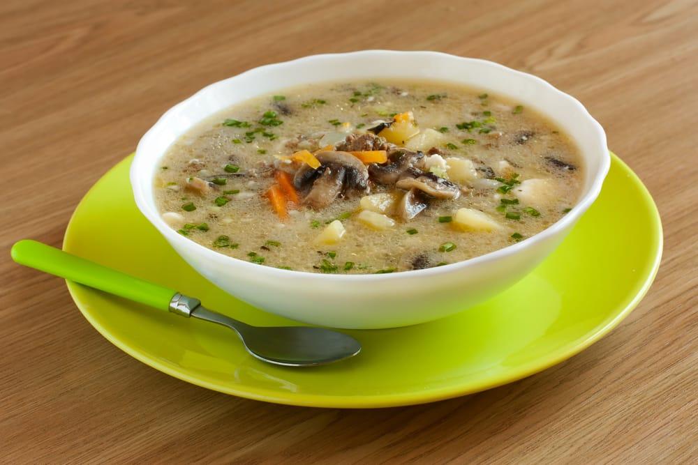 ricetta zuppa di funghi e patate
