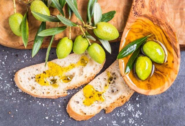 usi-alternativi-olio-oliva (2)