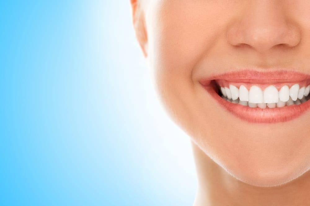 come curare i denti in modo naturale
