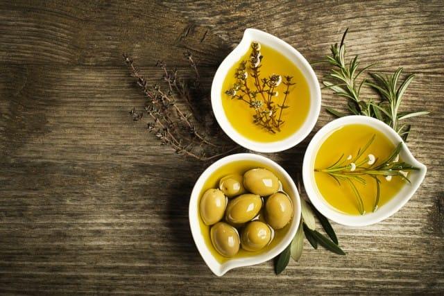 come-riconoscere-un-buon-olio-extravergine-oliva (2)