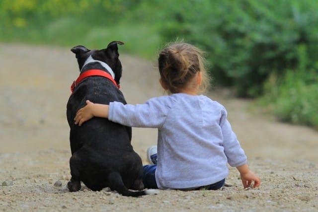 importanza-carezze-bambini-adulti (3)