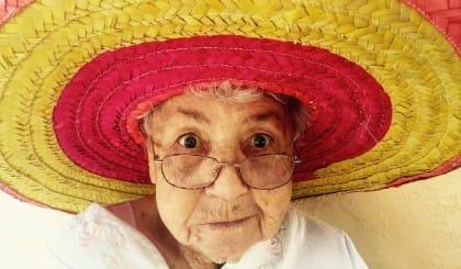 aiutare anziani estate