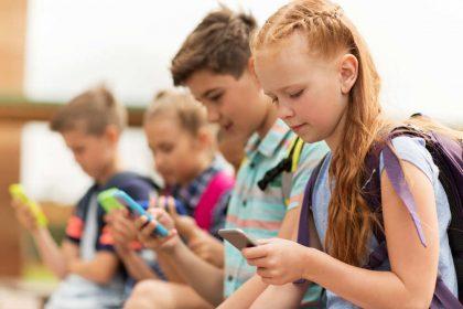 età giusta per cellulare bambini