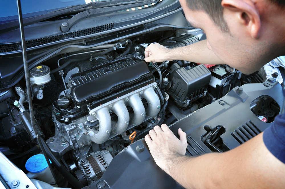 come funziona motore auto