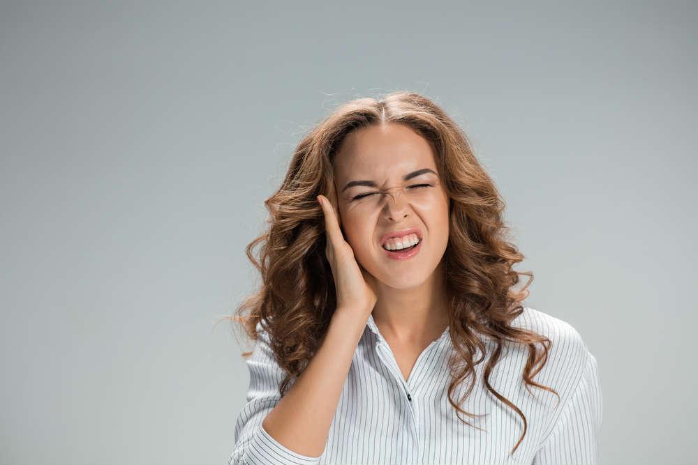come curare il mal d'orecchie