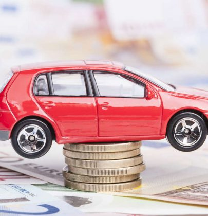 Costi auto, volano da una regione all'altra. In Friuli Venezia Giulia, se la cavano con 1.100 euro l'anno, in Campania serve il doppio