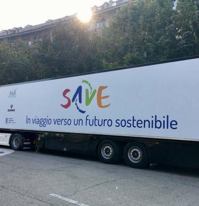 Un camion in giro per l'Italia per insegnare a 10mila studenti come non sprecare soldi e come risparmiare. In tutto 22 tappe
