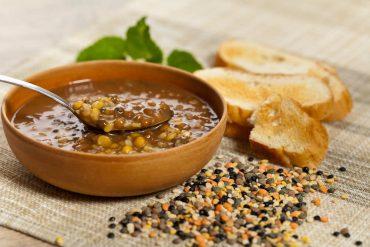 ricetta zuppa di castagne e lenticchie