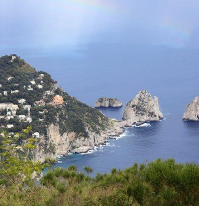 Isole d'inverno, quelle da non perdere in Italia. Come si raggiungono, che cosa offrono e  bellezze naturali da vedere. Non solo mare…(foto)