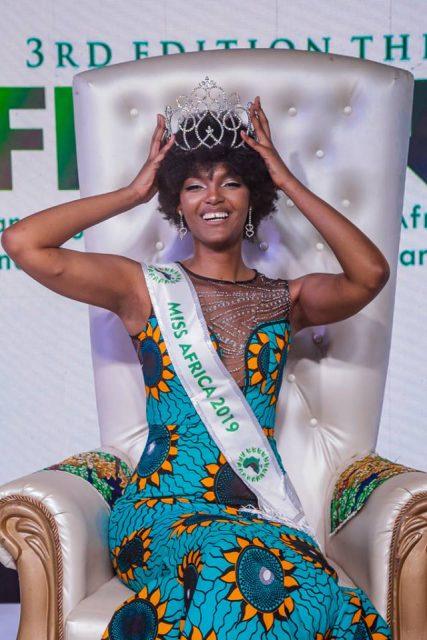 Bellezza naturale, dalle Miss africane alle donne italiane