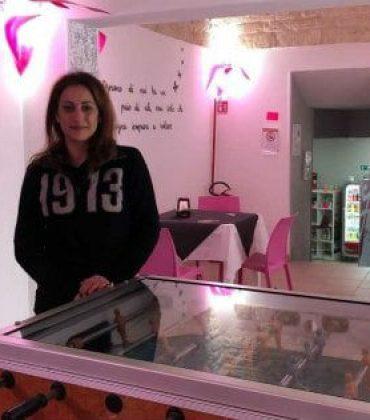 Via le slot machine, al loro posto un biliardino: così un bar di Alberobello ha detto no alla ludopatia
